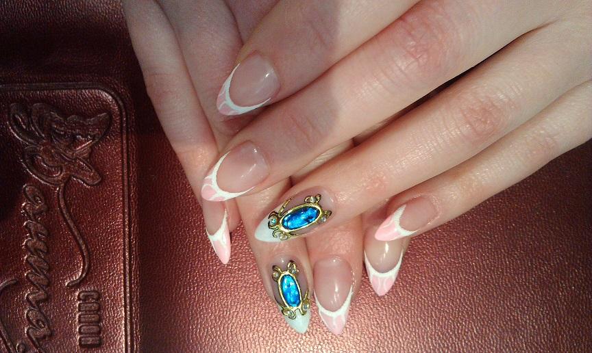 Камни на ногтях дизайн фото