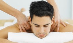Чем полезен массаж расскажут специалисты школы массажа